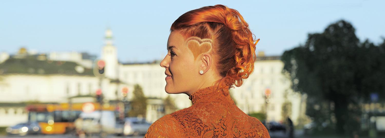 laekkert-frisure-frederiksberg-kreativ-frisoer-langt-haar-opsatning